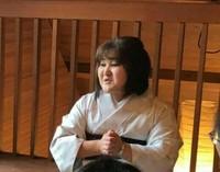 古き佳き日本の精神、文化風習を新しい形で次世代に繋ぎ、その人その人の心の成長度合いを重視し癒しという上辺だけのものではなく、お客さまが心から幸せに、笑顔にそして豊かな自立した女性になれるように全力でサポートしています。