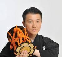 森澤勇司は 日本人の文化の集大成である 能楽に込められた理想実現の 原理原則を、日常に活かせる  イメージ力、タイミング力、  日々の習慣、の最適化を通し  役割が尊重されるあたたかい  人と文化の未来に貢献する事 を使命としています。