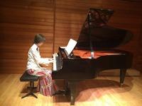 言葉にならない周波数を、ピアノの音で非言語でお届けします