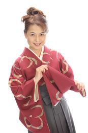 日本人のみならず海外の人にも和の魅力を届ける。自国の文化で美しく健康維持を目指す。