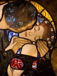 運命は自分の意志で変えることができます。心・カラダ・魂をすこやかにし、女性を輝かせるお手伝いをします。