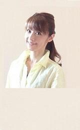☆Dress up your Voice☆       歌声に素敵な服を着せましょう♪                    歌と美容と健康、そして心との関係についてもお伝えしていきたい     女性専用のお教室です。