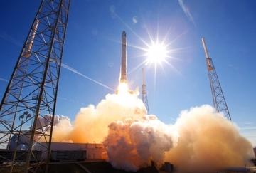 21165_rocket-launch-693192_1920-400x270-mm-100