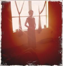 101026_shadow-image-woman