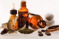 107699_stock-photo-18947056-herbal-medicine