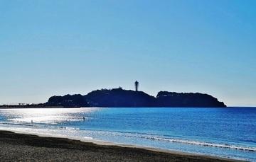 129397_江の島と海