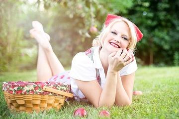 142888_apples-635240_640