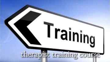 170275_セラピストトレーニングコース矢印